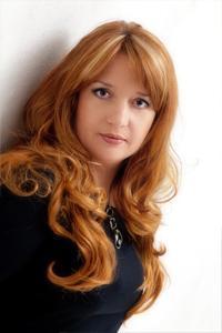 Nadja Kinsfater